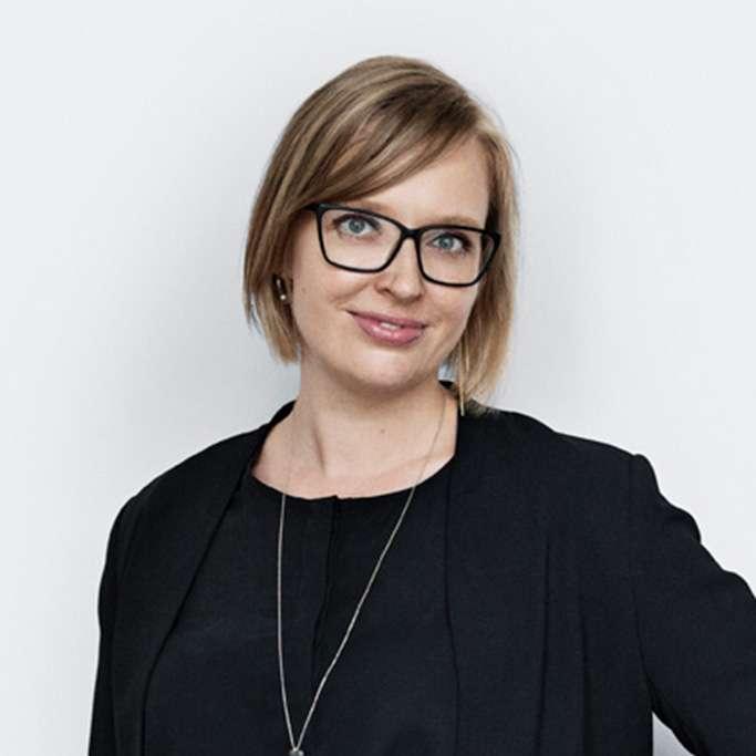 Anna Cosar